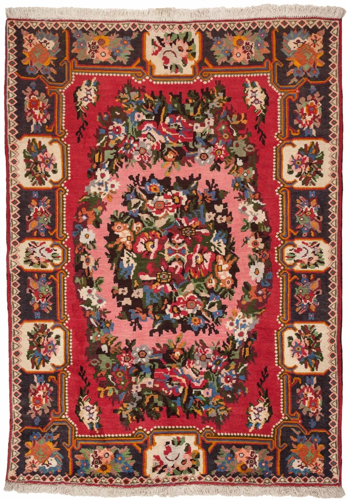 Persian Senneh Gol Farangi Rug at Essie Carpets, Mayfair London